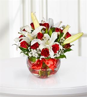 Kırmızı Gül ve Beyaz Lilyum