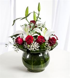 Hep Kalbimdesin Güller ve Lilyumlar