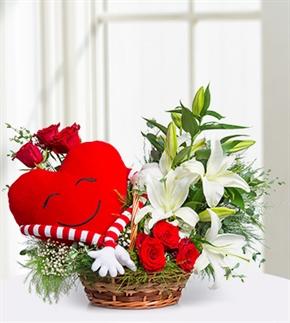 Kalbim Seninle Gül ve Lilyum Sepeti